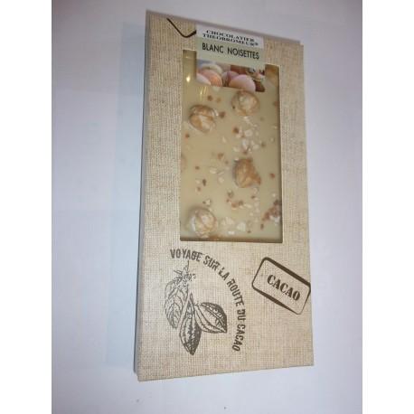 Tablette dégustation chocolat blanc noisettes
